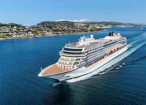 How would you like to be a Expert Lecturer on the World's #1 Cruise Line?